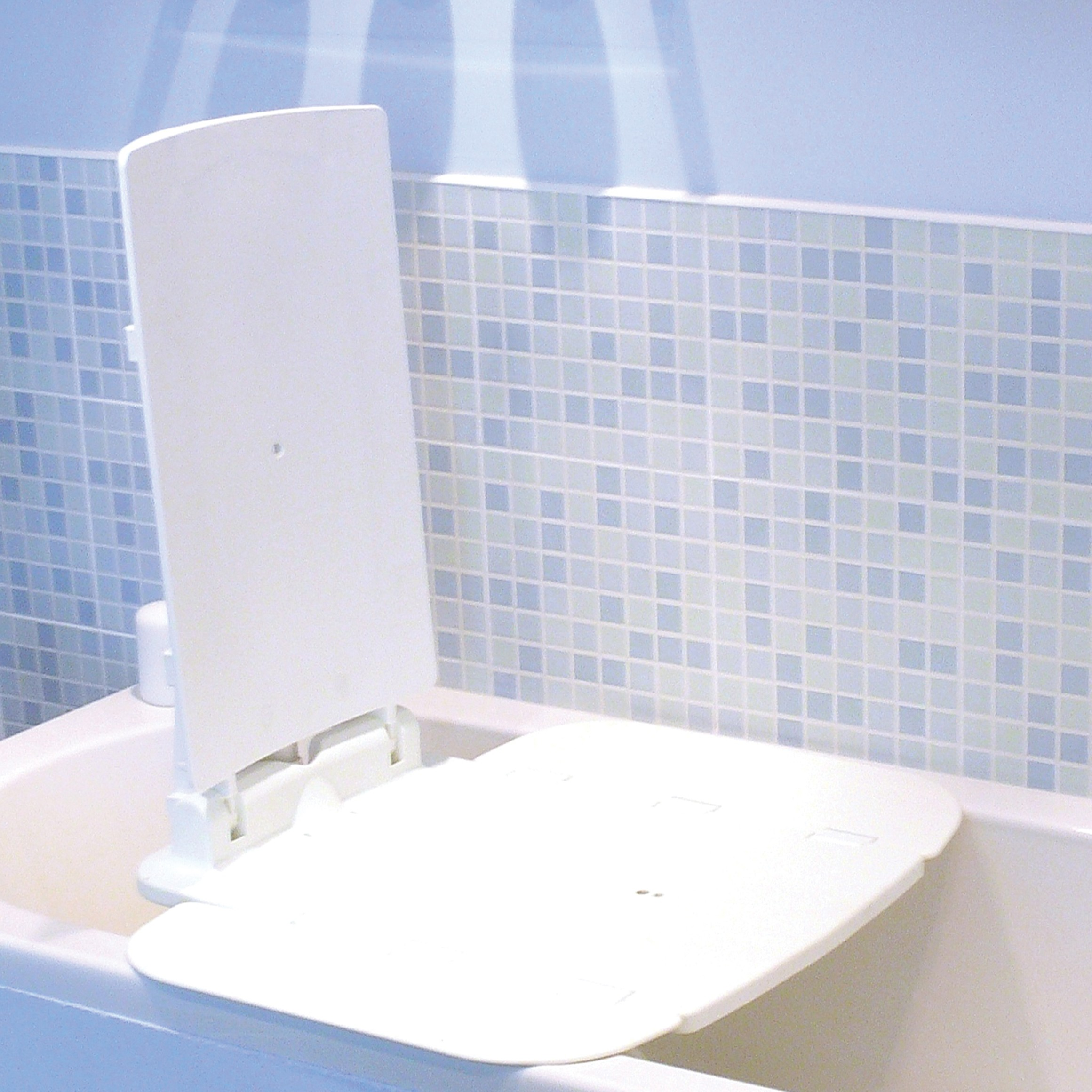 Living Well HME | Bathtub Lifts - AquaJoy Reclining Bath Lift
